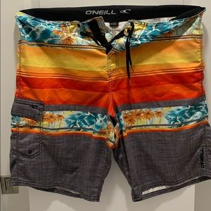 O'Neil swimsuit/Boardshorts
